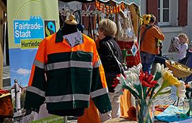 Faire Textilien am Frühjahrsmarkt
