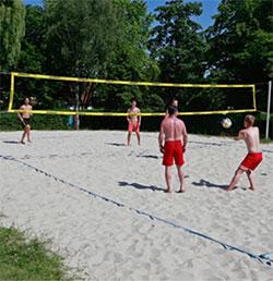 Spiel, Sport und Spaß im Freibad
