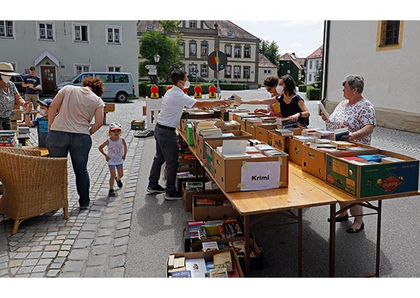 Büchereiflohmarkt